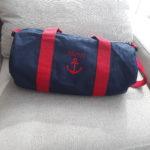Bleu marine anses rouge Henri